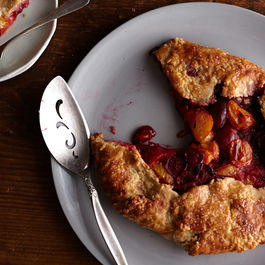 How to Make a Summer Fruit Galette