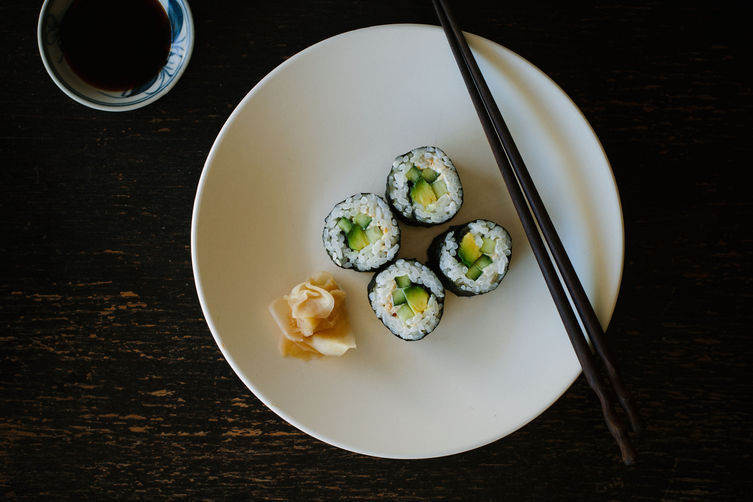 5 Links to Read Before Making Sushi