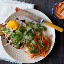 Banh_mi_breakfast_1
