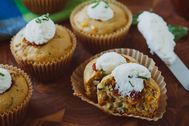 Corn___basil_muffins_2