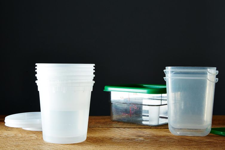 How to Get Smells and Stains Out of Tupperware