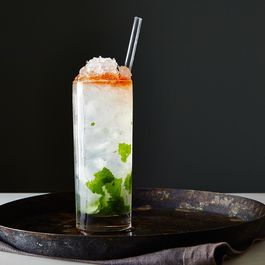2014-1014_how-to-make-a-swizzle-cocktail-029