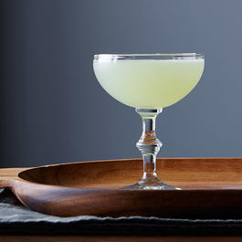 15 Classic Cocktail Recipes You Need to Know