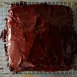 2014-0926_chocolate-chocolate-chip-cake-002