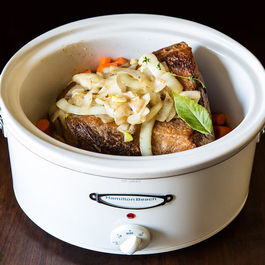 5 Links to Read Before Using a Slow Cooker