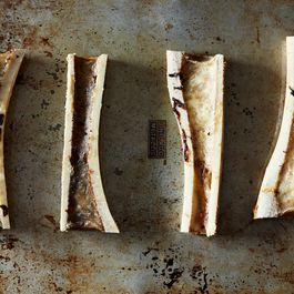 Roasted-marrow-bones_food52_mark_weinberg_14-11-04_0158