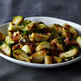 2014_1111_brussels-sprouts-w-bacon_-parm_-breadcrumbs919