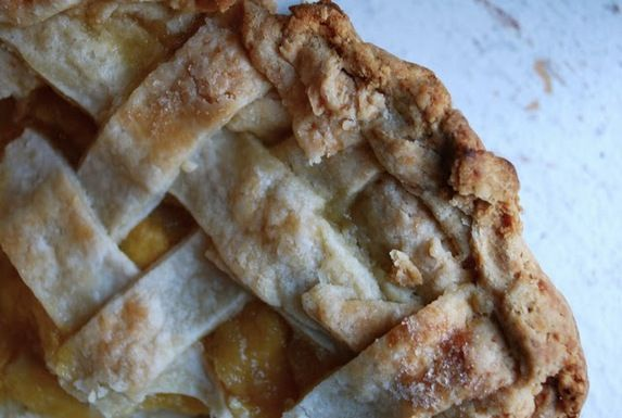 Peach_pie_with_ginger
