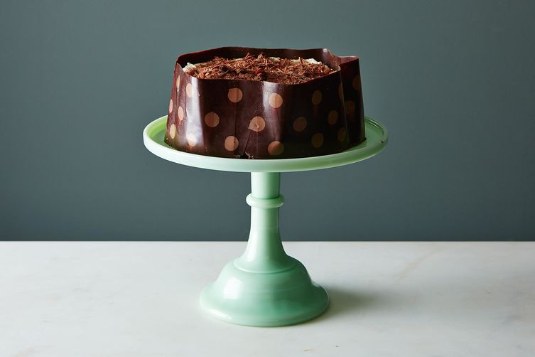 The Easiest Way to Make the Fanciest Cake