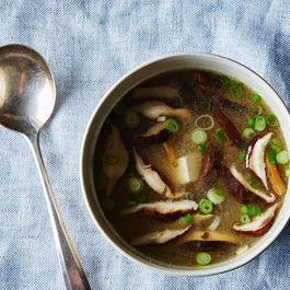 How to Make Miso Soup Without a Recipe