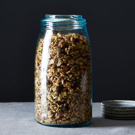 Nicholas_walnut-rosemary-granola_food52_mark_weinberg_14-05-27_0051