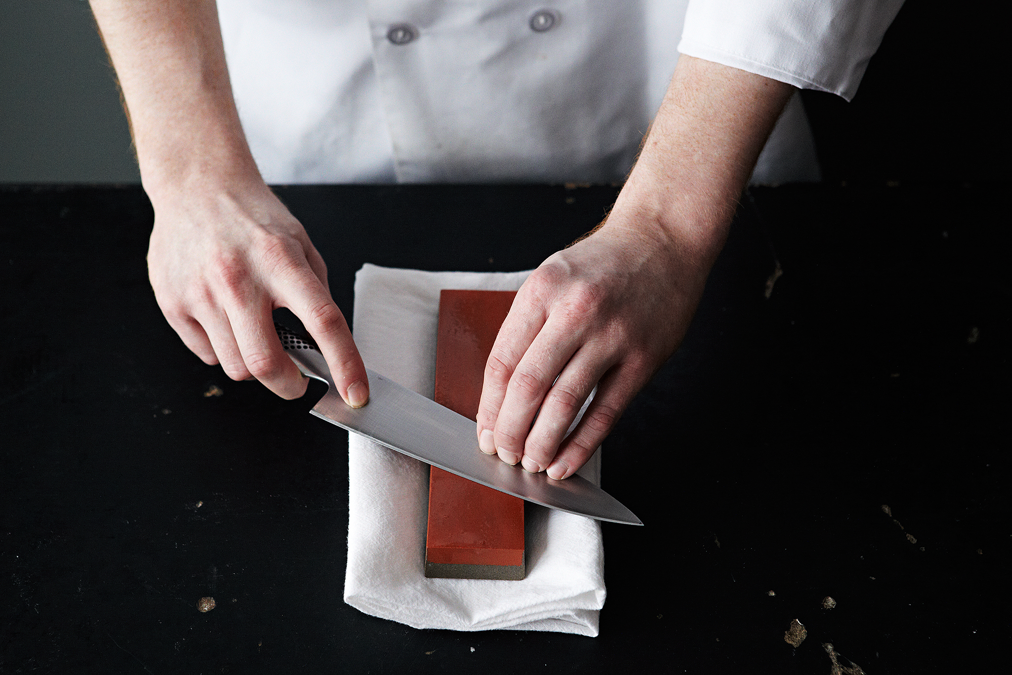 is the best way to sharpen kitchen knives how to sharpen your knives any which way