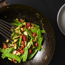 How to Make a Superlative Stir-Fry (Hint: Grab Your Wok)