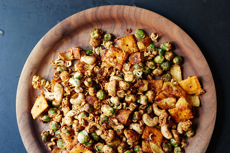 The Snack Mix that Fulfills Your Every Need