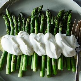2015-0317_asparagus-with-savory-whipped-cream-092