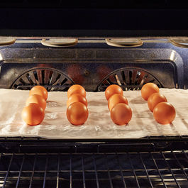 2015-0327_how-to-hard-boil-eggs-in-the-oven_bobbi-lin-1145