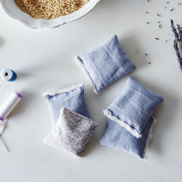 2015-0422_diy-lavender-sachets_james-ransom-016