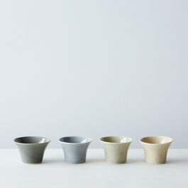 2015-0406_gleena-ceramics_mixed-gray-condiment-bowls_set-of-4_silo_mark-weinberg_0238