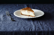 Why Cheesecakes Crack (& How to Stop It)