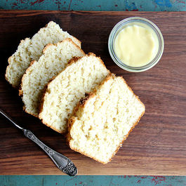 Coconutbreadwithlimecurd