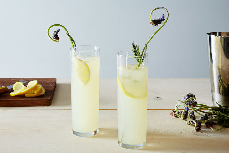 This Is The Cocktail To Make For Mother's Day