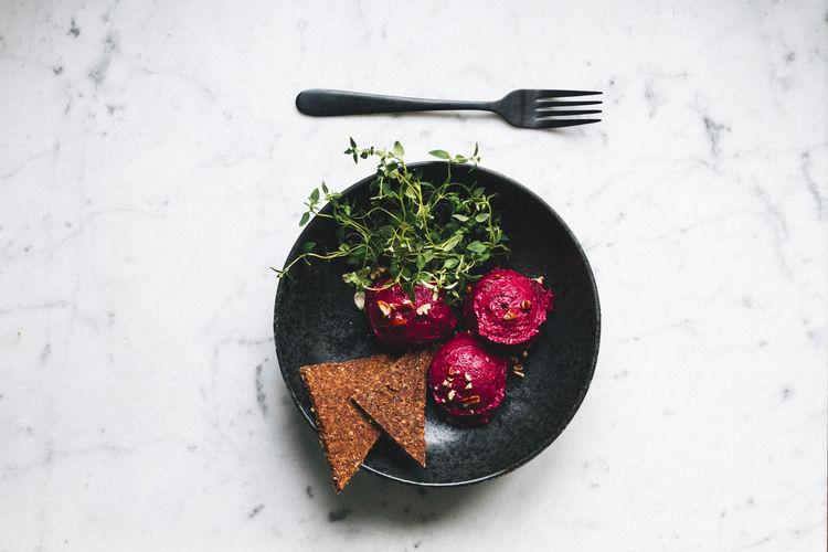 8 Food Blog Links We Love