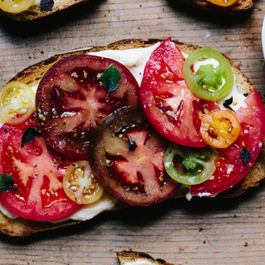 Tomato-sandwich-9549-680x453