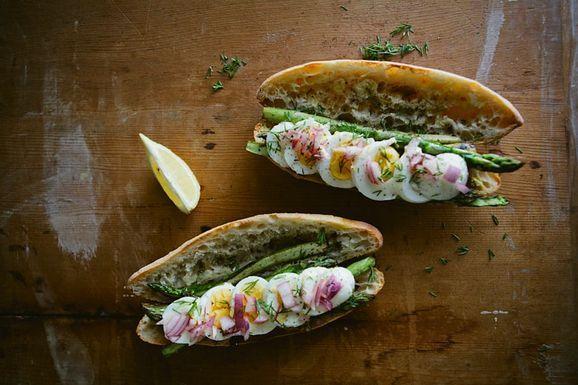 2012_3_4-asparagus_sandwich-13