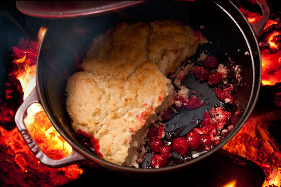 Campfire_dessert_620x413_cherry_cobbler