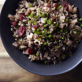 13700_spiced_cranberry_and_pear_wild_rice_pilaf