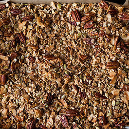 15831_nekisia_davis_olive_oil_and_maple_granola