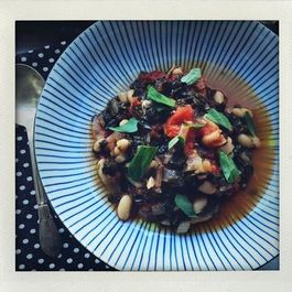 Kale, Tomato and White Bean Stew