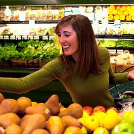 Jessica Goldman Foung Eats Well, without Salt