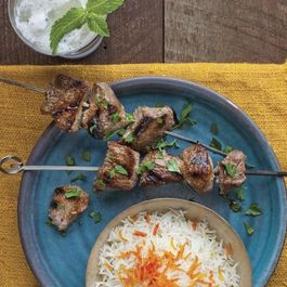 Lamb_kebabs_in_pomegranate-walnut_sauce_(1)