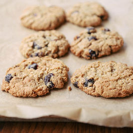 Oatmeal_cherry_cookies