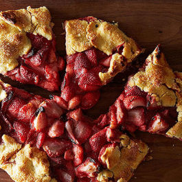 5 Links to Read Before You Make a Free-Form Fruit Tart