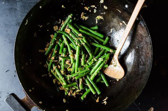 Pad Thai Redux + Sichuanese Dry-Fried Green Beans