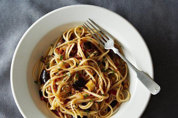 2013-0910_gena_spicy-eggplant-pasta-007