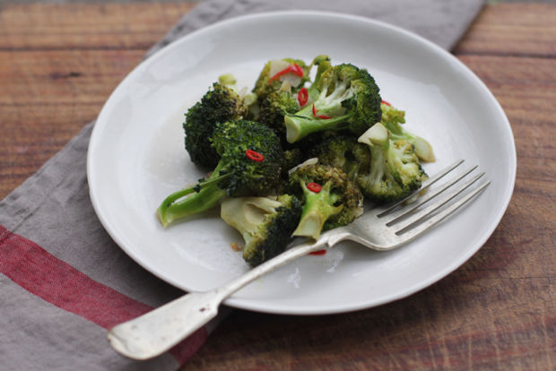 Broccoli Strascinati (Roman Sautéed Broccoli)