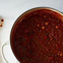 How to Make Vegetarian (or Vegan) Chili without a Recipe