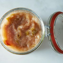 How to Make Applesauce Without a Recipe