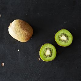 Kiwi: The Chinese Fruit Named for a New Zealand Bird