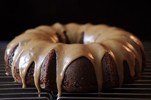 Applesauce_cake