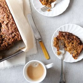 Apple_carrot_bread_1