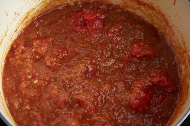 2014-0225_finalist_ethiopian-inspired-spicy-chicken-stew-138