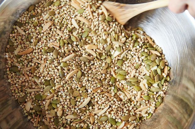 2014-0408_finalist_buckwheat-granola-100