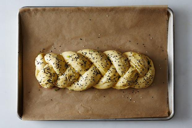 Scallion-pancake-challah_food52_mark_weinberg_14-05-06_0578