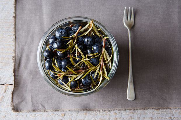 Pickled-blueberries-with-rosemary_food52_mark_weinberg_14-08-12_0082
