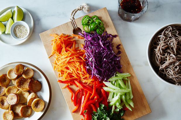2015-0519_sesame-noodle-salad-with-seared-mushrooms_james-ransom-008