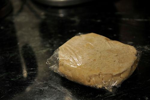 Rhubarb Curd Shortbread